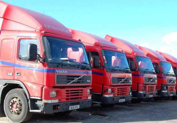 lorries with wind deflectors
