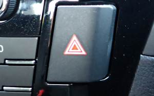 hazard-warning-lights-button-2
