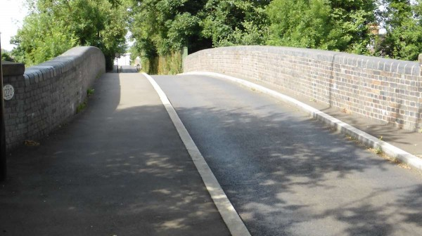 narrowing over bridge