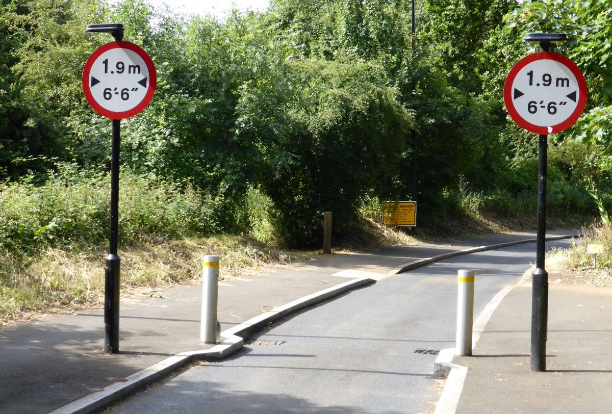 Road Signs Theory Test >> What are traffic calming measures?