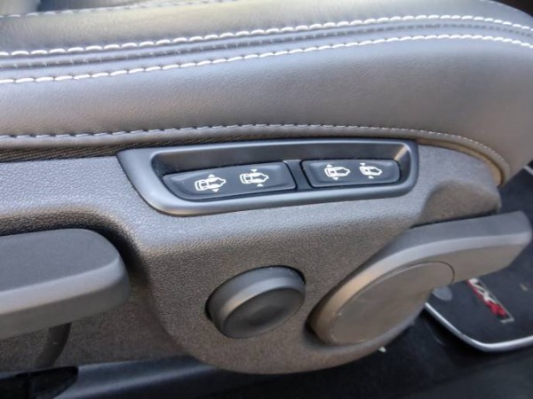 Holden Astra VXR 2015 seat control
